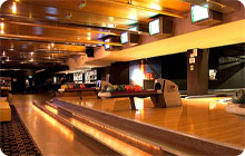 Sophisticated hen party idea: Bloomsbury bowling Kingpin suite