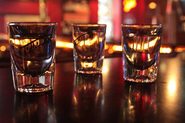 Mr And Mrs Rude Questions: Hen Party Drinking Game: Shot Glass Roulette